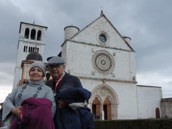Papi es devoto de San Francisco de Asis, así que fue el más feliz con la parada en este pueblo medieval, sobre todo al visitar su iglesia.
